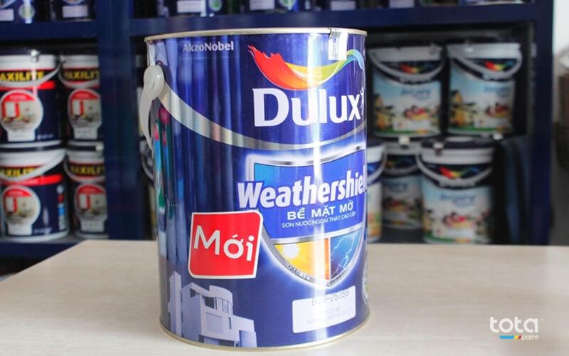 sơn Dulux có độ bề cao, màu đẹp nhưng lại bị làm giả khá nhiều