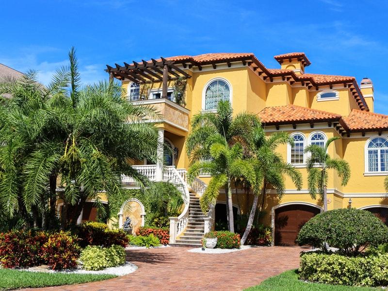 Có nên sơn nhà vào mùa khô?